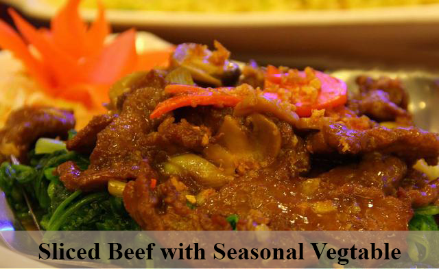 sliced beef with seasonal veg